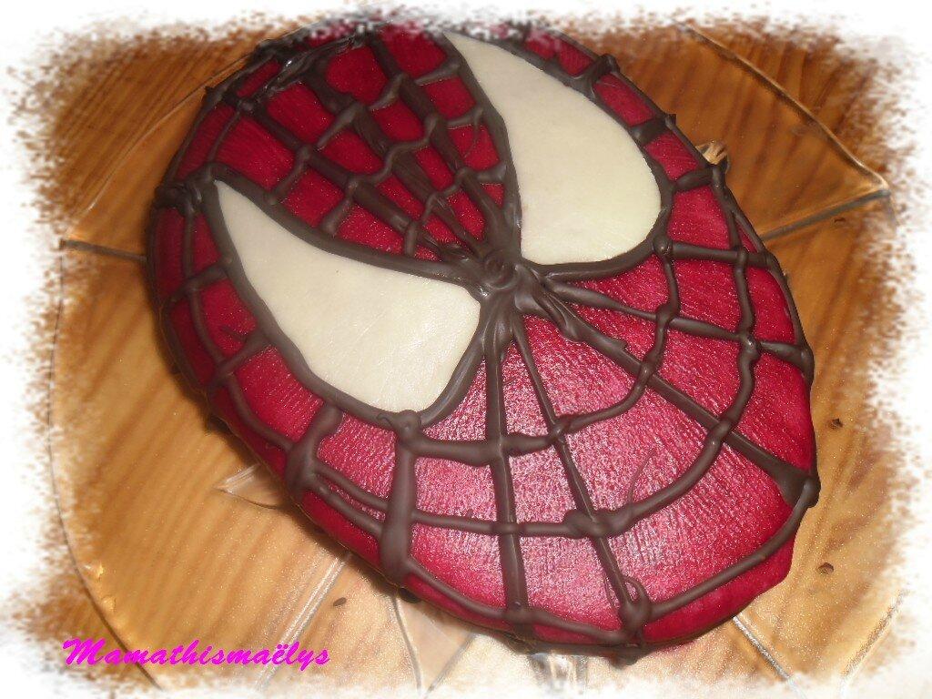 gteau danniversaire spiderman