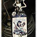 Porte clé Rockabilly bleu