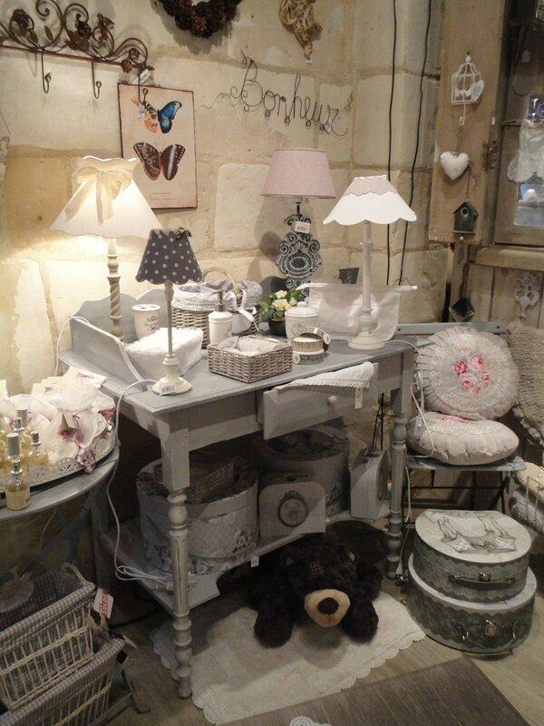 peinture et patine sur des meubles anciens charme d 39 antan. Black Bedroom Furniture Sets. Home Design Ideas