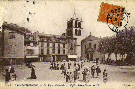 Saint_Pierre_et_place_Nationale_1918