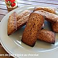 Financiers de pain d'épices au chocolat