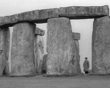 1248161936_stonehenge_nightofthedemon