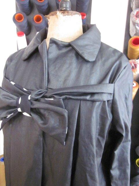 Ciré en lin enduit noir et noeud en lin endruit et coton noir à gros pois blancs - taille 50 (5)