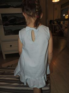 ROBE RAYEE COUDRE CEST FACILE HS (28)