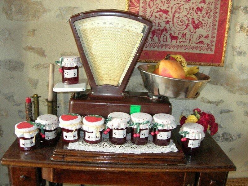 Pots de confiture photo de la d co chez moi avec mes 10 doigts ma t te et mon coeur - Deco pot de confiture ...