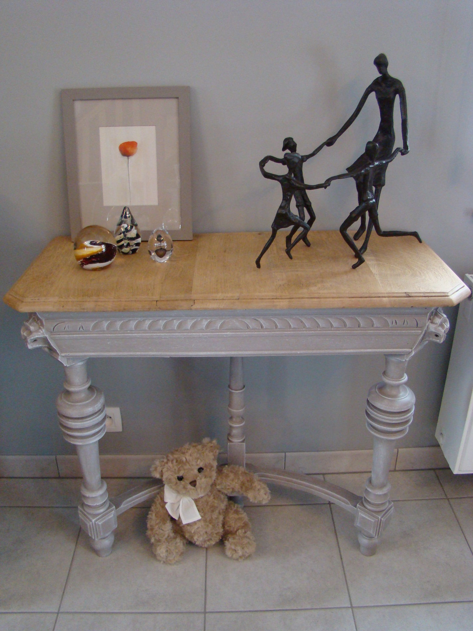Console t te de lion photo de relooking relooking for Les lions du meuble