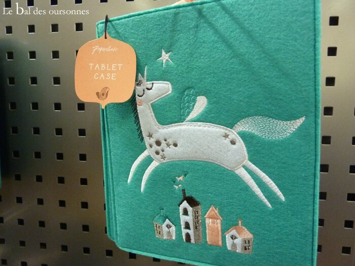 67 Tablet Case Paperchase Dreamscape Licorne