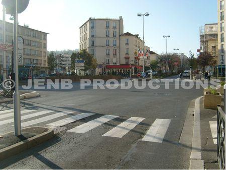 Noisy-le-Sec place Jeanne d'Arc Novembre 2011 b © JENB Productions
