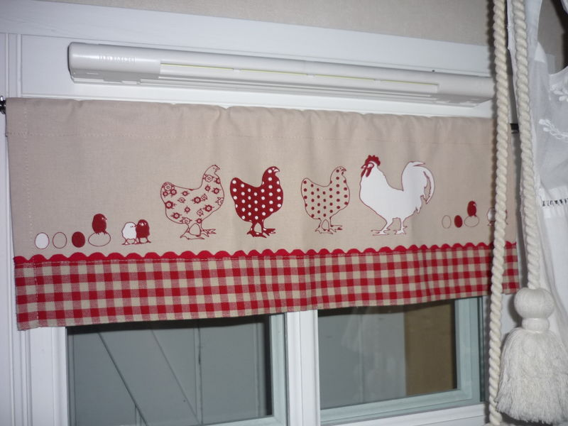Tuto ou id e de brise bise poules et son sac linge for Rideaux brise bise cuisine