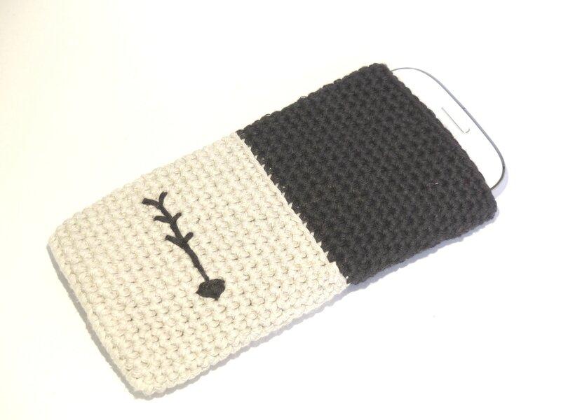 Etui pour smartphone & Iphone unique au crochet Flèche Tout Un Fil