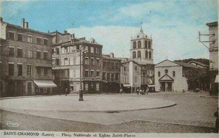 place Nationale et église colorisée