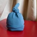 Bonnet de naissance (avec patron et tuto)