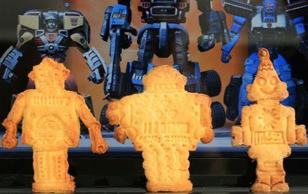 BISCUIT ROBOT