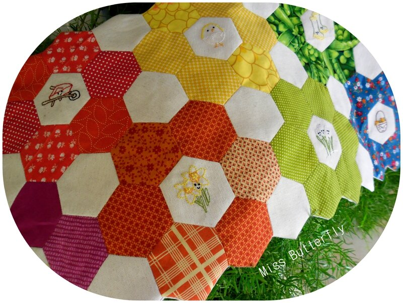 Hexi Table runner (2)