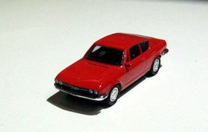 Audi 100 coupé S de 1975 (Grell Models) 01