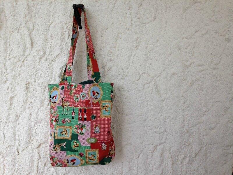 tote bag reversible cretonne biche noel et patchwork tissus recup modele funky sunday 1