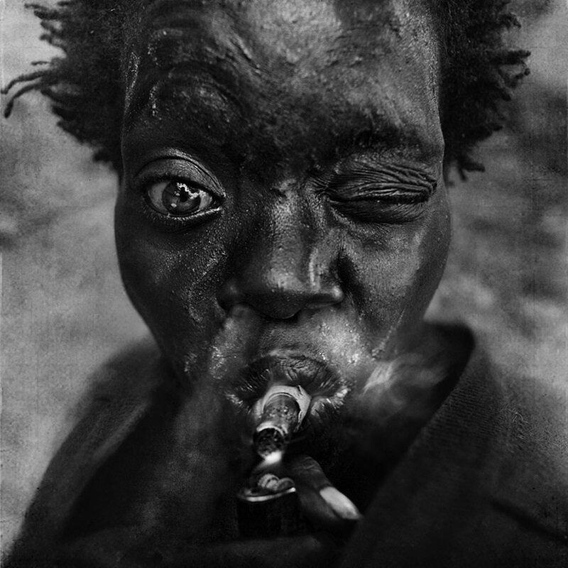 25_portraits_de_sans_abri_realises_en_noir_et_blanc_qui_ne_vous_laisseront_pas_insensible_261
