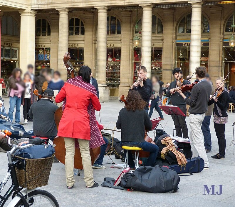 MUSICIENS DEVANT LA CF 2014