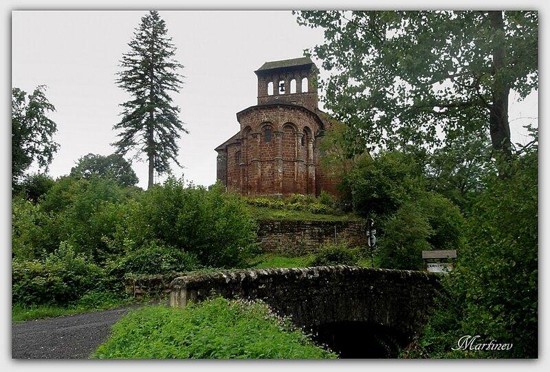 02 08 005 Eglise de Perse Espalion (2)1