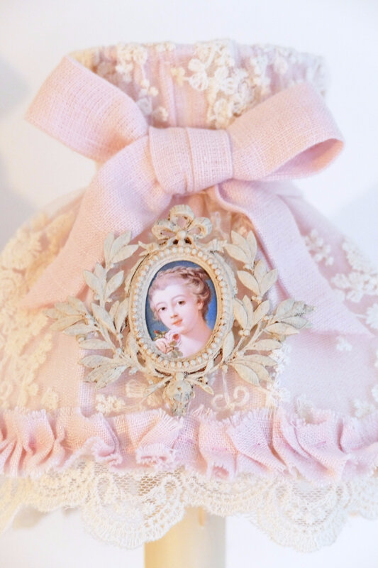 abat-jour dome marquise rose