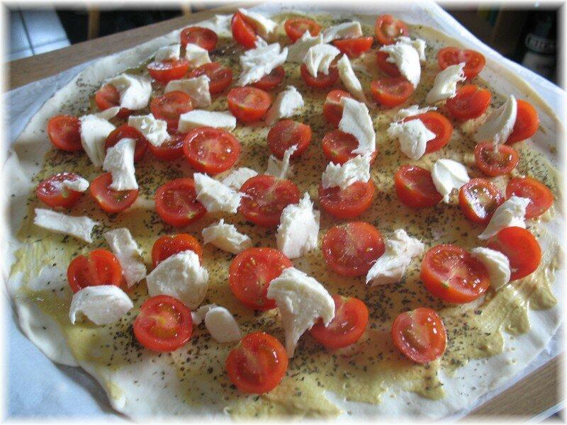 tarte tomate mozza ap ro dinatoire part v mes recettes de cuisine. Black Bedroom Furniture Sets. Home Design Ideas