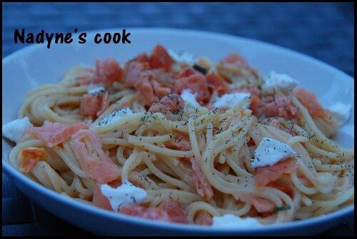 Spaghettis au saumon et chèvre frais 1