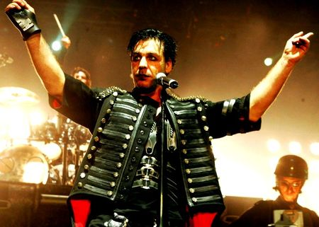 till_lindemann_rammstein_happy_birthday