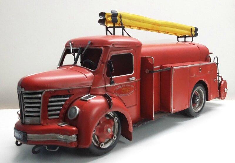 Berliet GLR pompiers tôle (2)