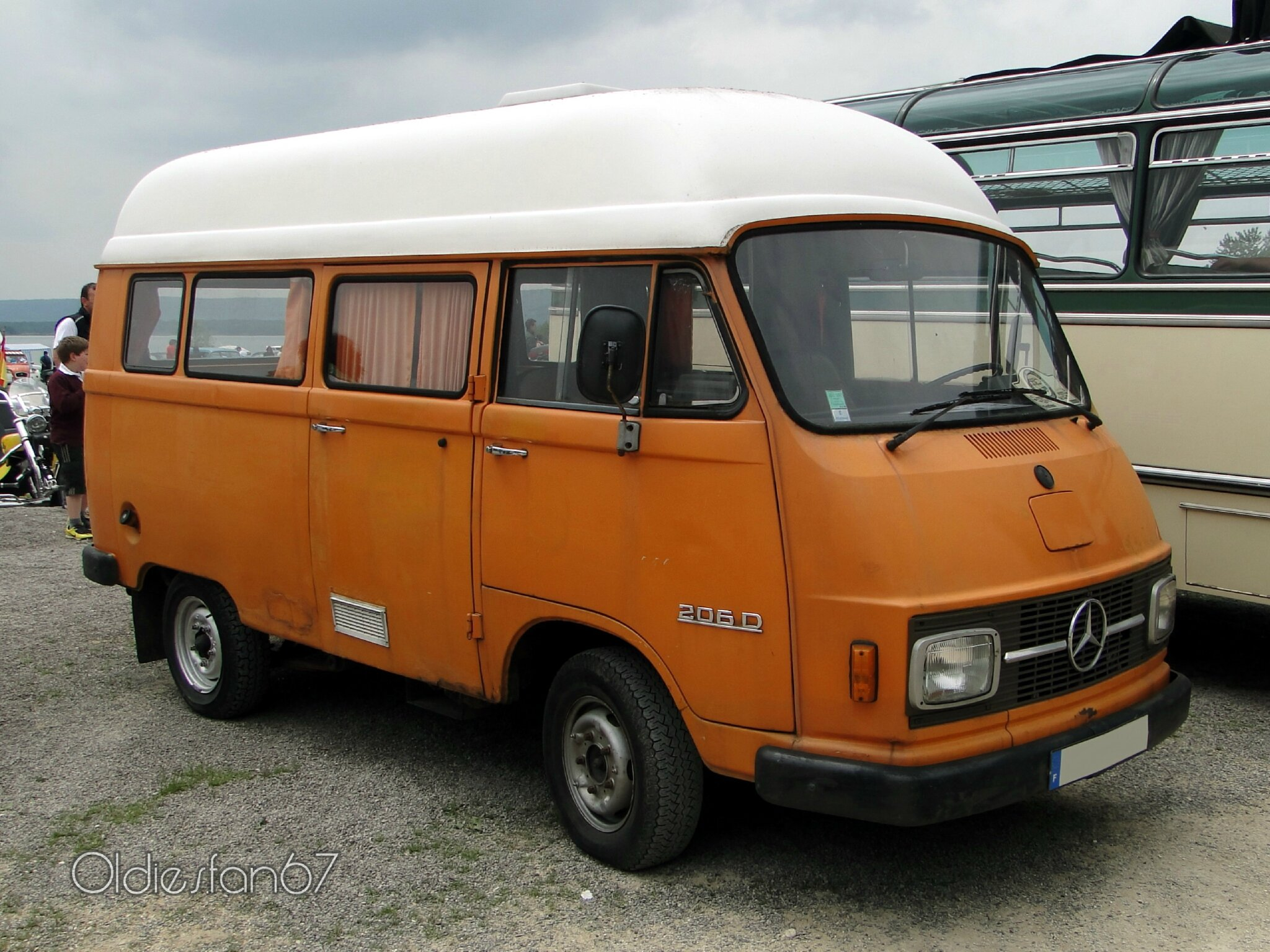 mercedes benz 206 d camping car oldiesfan67 mon blog auto. Black Bedroom Furniture Sets. Home Design Ideas