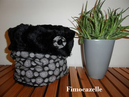 snood black flowers