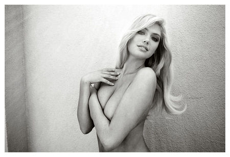 kate_upton_Terry_richardson_4_topless