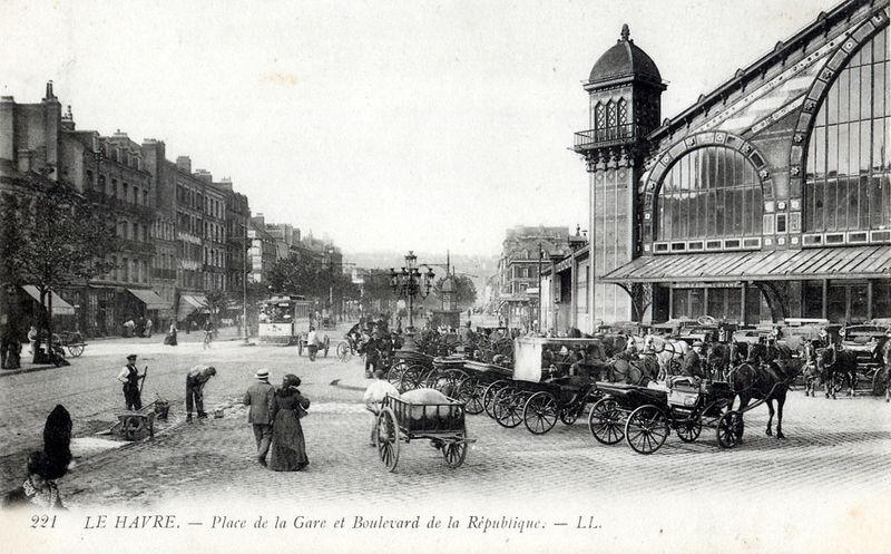 C0077___Place_de_la_Gare_et_Boulevard_de_la_Republique