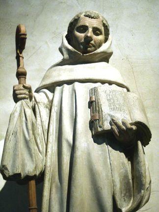 Statue de St Bernard-Fontaine-église