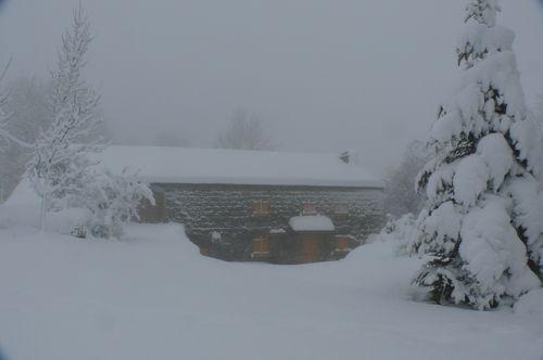 2008 12 15 La maison de Mr et Mme Piégay sous la neige
