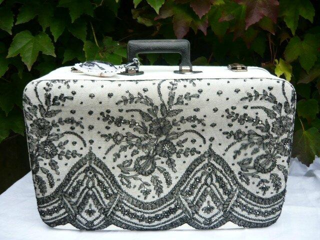 valise dentel noir