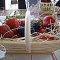 Table fruits rouges