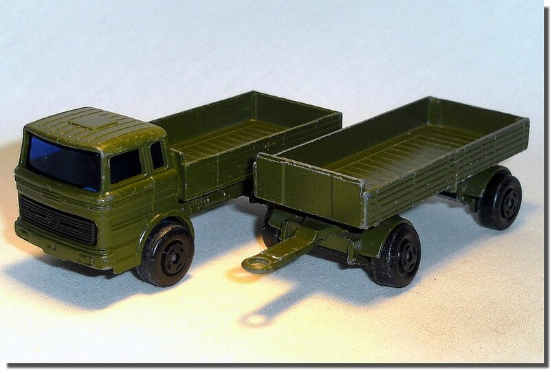 Lesney Matchbox 01 E 01 SF Mercedes Military