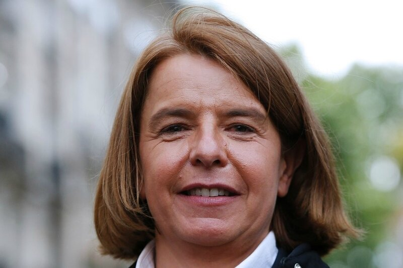 7788764827_veronique-avril-candidate-la-republique-en-marche-aux-elections-legislatives-a-paris-le-13-mai-2017