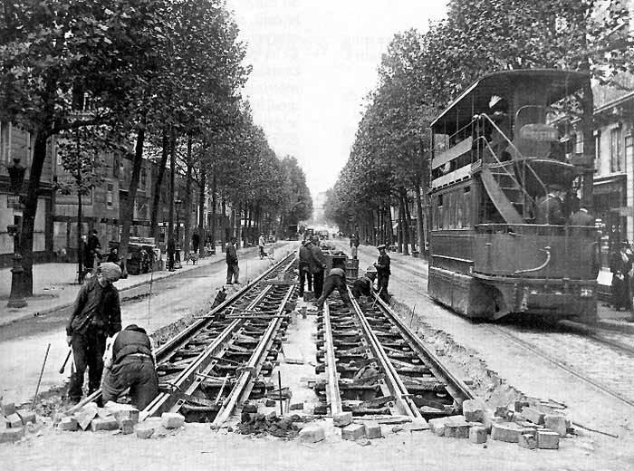 CP-tram-voie-caniveau