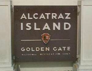 Tower_alcatraz_sign