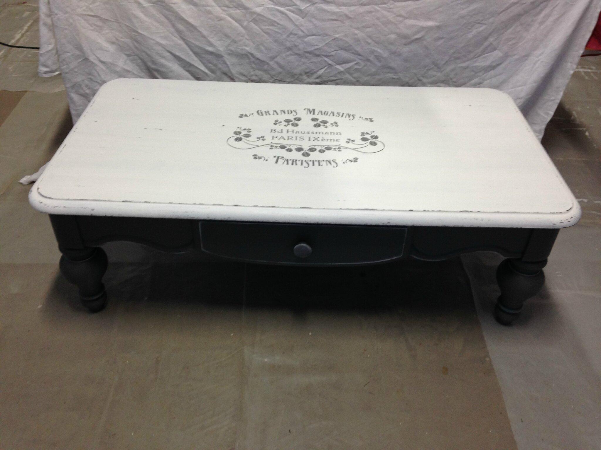 Les clients ont du talent cliquez ici l 39 atelier for Pochoirs meubles