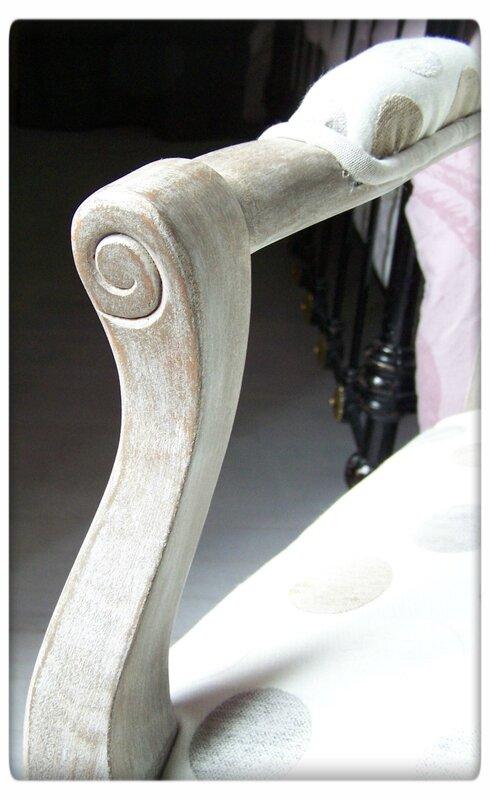 fauteuil fin détailss