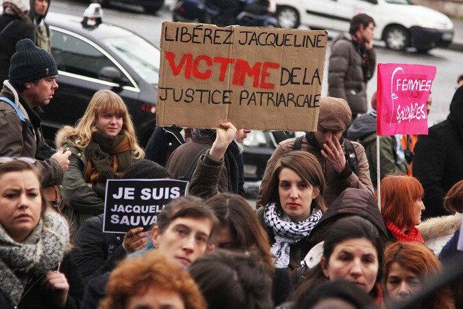 Justice, grâce presidentielle pour Jacqueline Sauvage: reflexe humanitaire ou acte politique d'ingérence ?