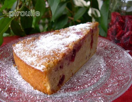 gâteau aux fruits rouges  sans fruits rouges ! - pâtisseries et