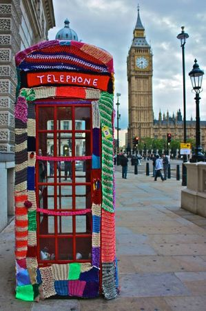 street_art_yarn_crochet_18