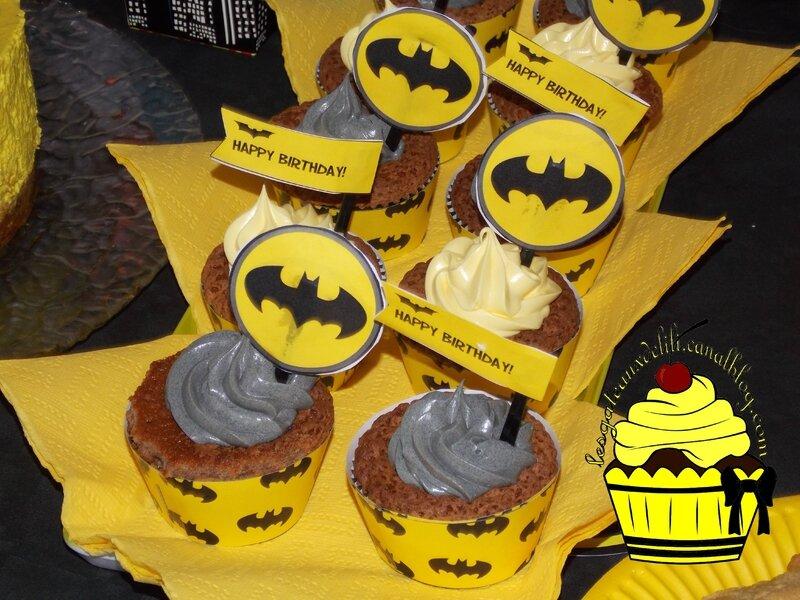 2015 11 14 - Sweet Table Batman (9)