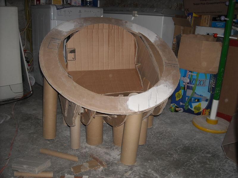 siege en carton anna tralala. Black Bedroom Furniture Sets. Home Design Ideas