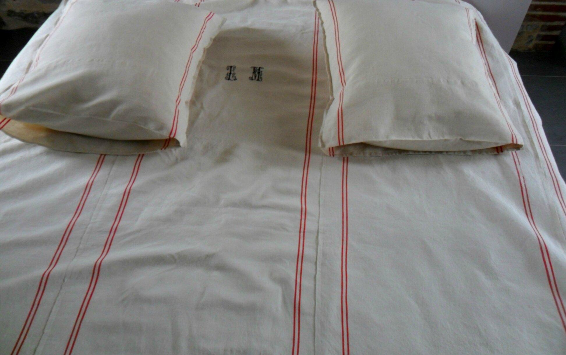 Housses de couettes en draps anciens housses edredons le torchon en cavale - Housse de couette ancienne ...