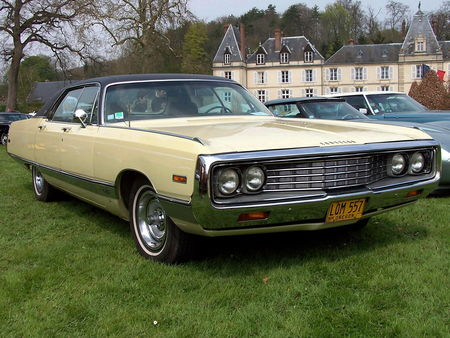 70_CHRYSLER_New_Yorker_Hardtop_Sedan__1_