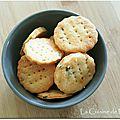 Crackers au parmesan et thym